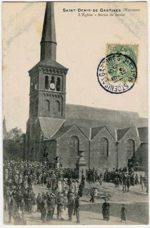 eglise-sortie-messe-st-denis.png